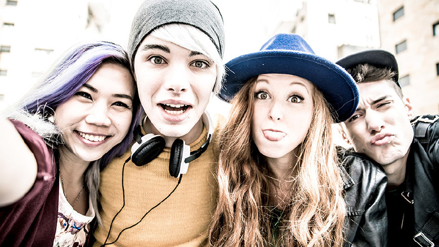 Jugendliche © oneinchpunch/stock.adobe.com