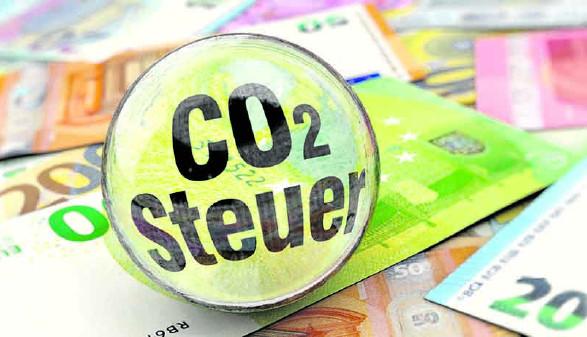 CO2-Steuer © oneinchpunch/stock.adobe.com