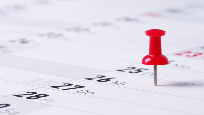 Roter Pin in Kalender © Wellnhofer Design/stock.adobe.com