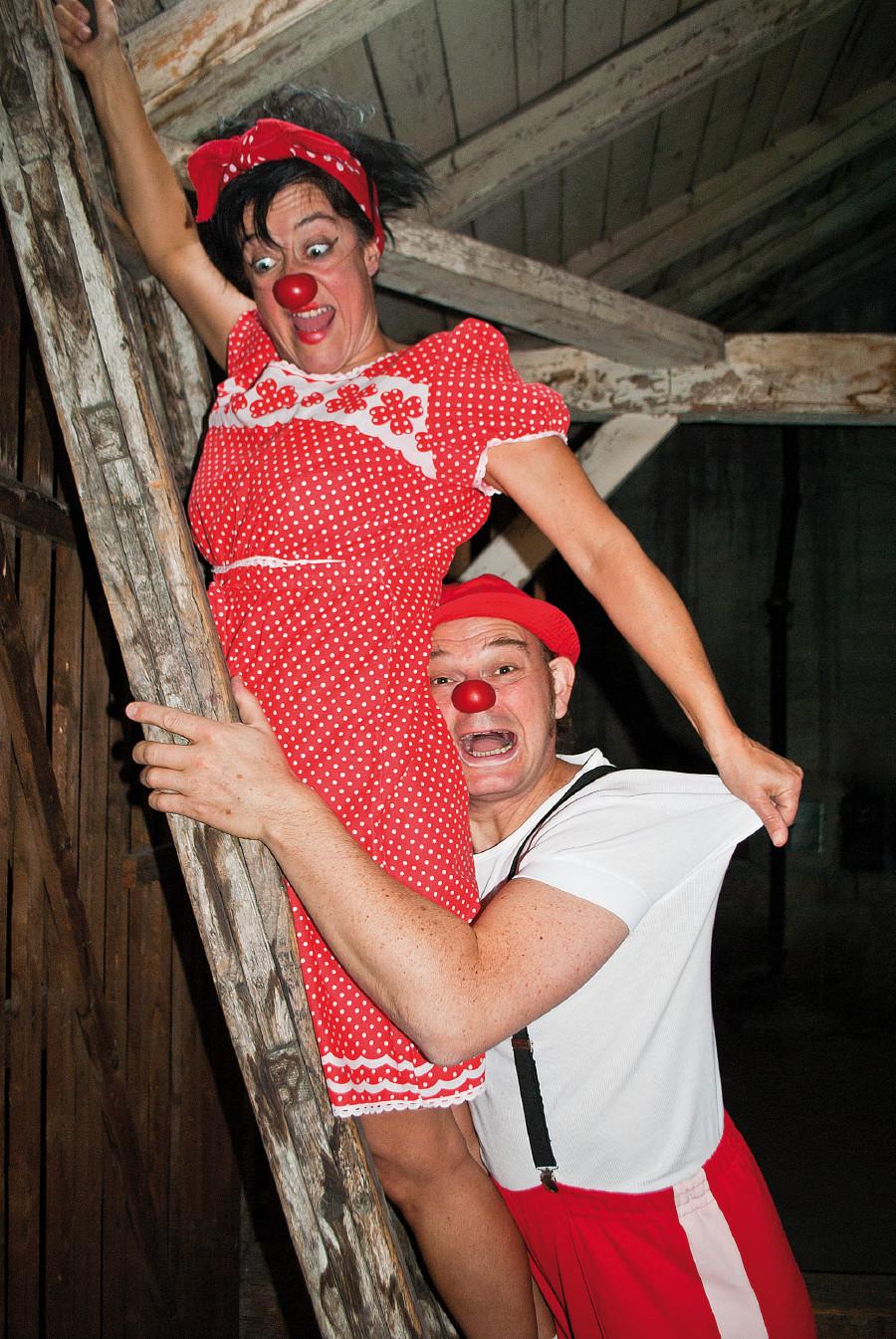 Herbert und Mimi auf dem Dachboden © Heinz Hanuschka