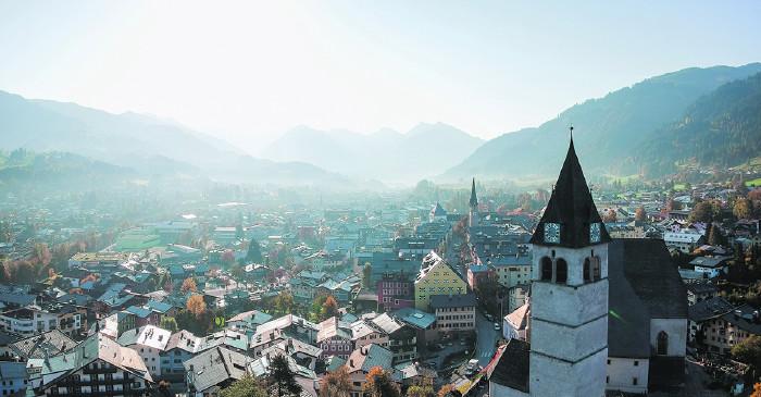 Blick auf Kitzbühel © uslatar/stock.adobe.com