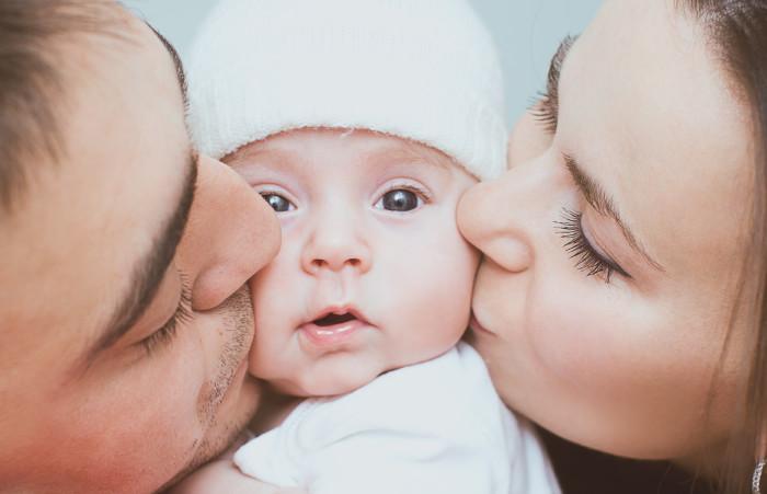 Eltern mit Baby © kolinko_tanya/stock.adobe.com