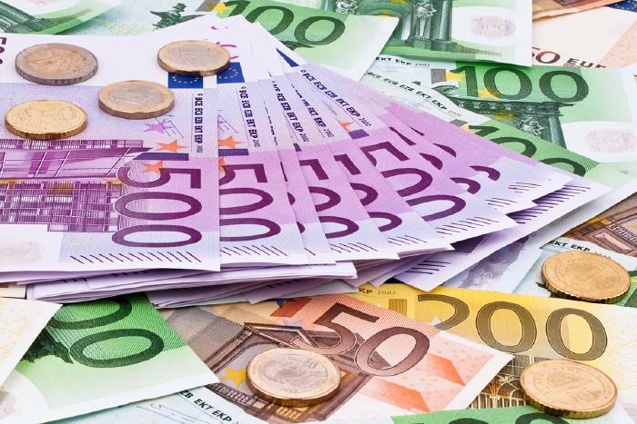 Geldscheine © Gina Sanders/Fotolia