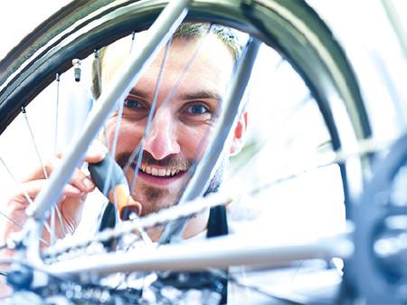 Fahrradservice © Industrieblick, Fotolia.com