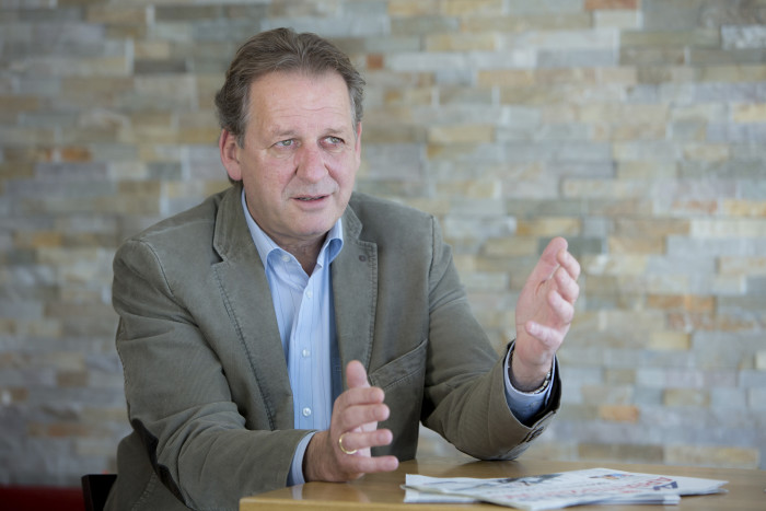 AK Präsident Erwin Zangerl im Gespräch © AK Tirol/Friedle