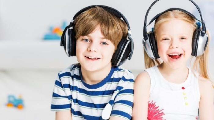 AK Hörspiele für Kinder  © Canva